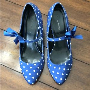 Blue with white polka dot heels